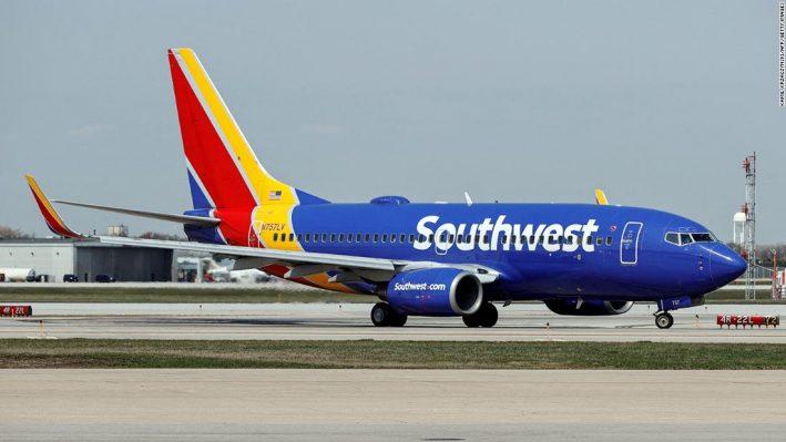 航空機が危ない!? ついにパイロットが操縦席で◯亡! 2回目接種後に